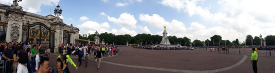Buckingham Palace Photo