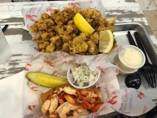 Lobster Roll Fried Clams Picture Of Cousins Maine Lobster Food