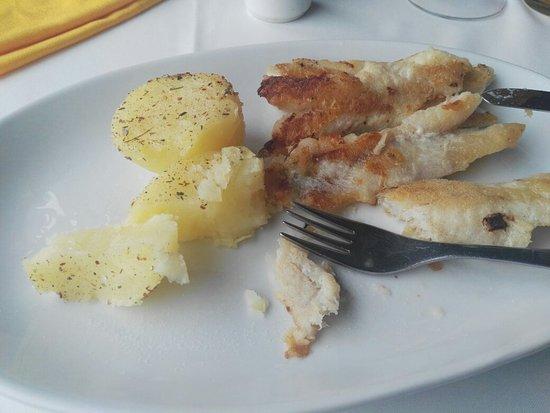 Puerto Rawson, Argentina: Me parece señor propietario que no me confundí de restaurante como usted dice! Saludos!
