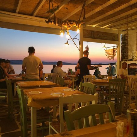 Palatia: Great food,great service and A sunset to die for....