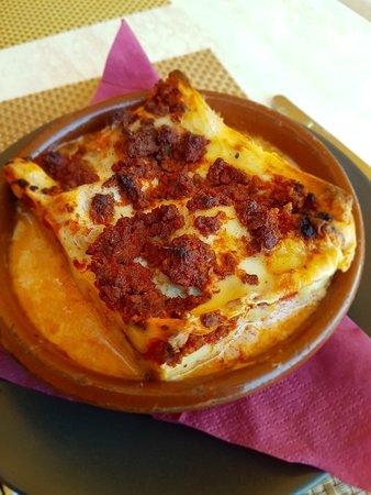 El Makami: Hausgemachte Lasagne - muss man gegessen haben!