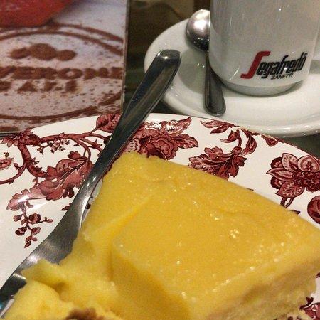 Viverone Cafe Boutique: photo1.jpg