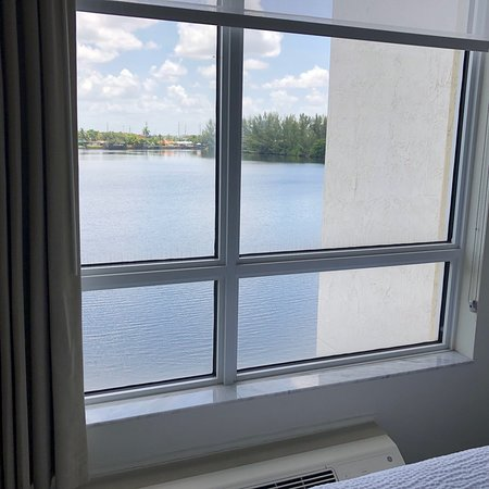 SpringHill Suites Miami Airport South: photo0.jpg