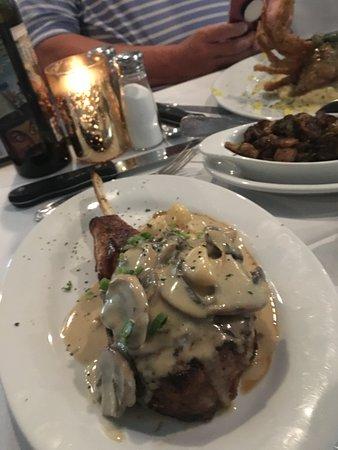 Изображение Pat Gallagher's 527 Restaurant & Bar