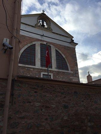Surp Asdvadzadzin Ermeni Kilisesi