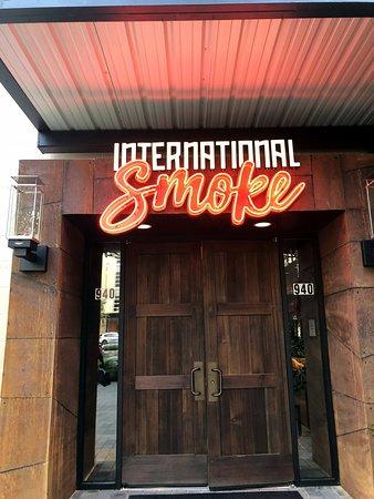 28112941e021 International Smoke - Picture of International Smoke