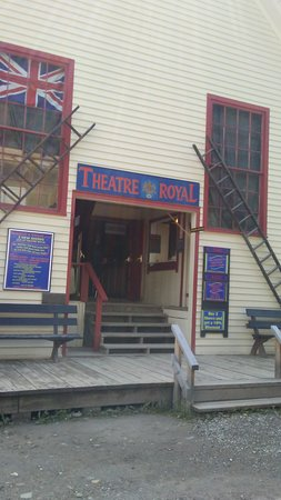 Barkerville, Canadá: I wanted to see a show as well...