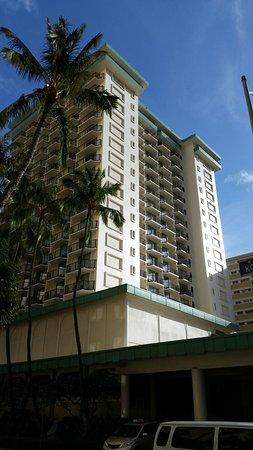 Waikiki Resort Hotel: 20180717_075144_large.jpg