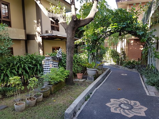 Foto suasana di sekitar Resort :)
