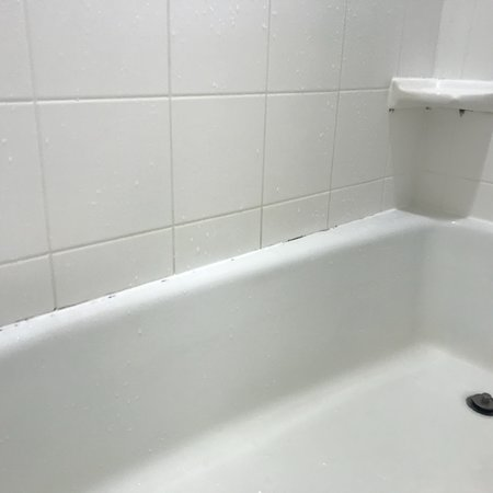 Courtyard Statesville Mooresville/Lake Norman: Examples Of Moldy/Dirty  Bathroom (black In