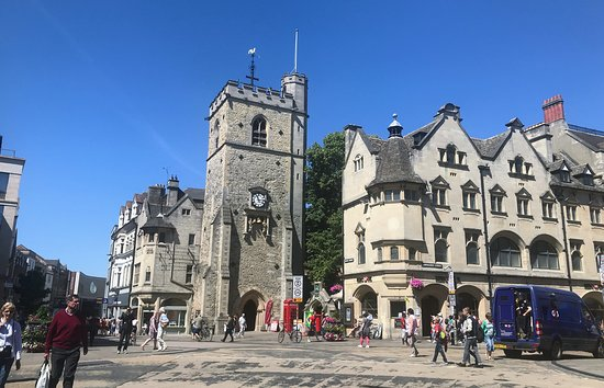 Carfax Tower: Town