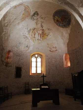 Saint Sulpice, Switzerland: interno