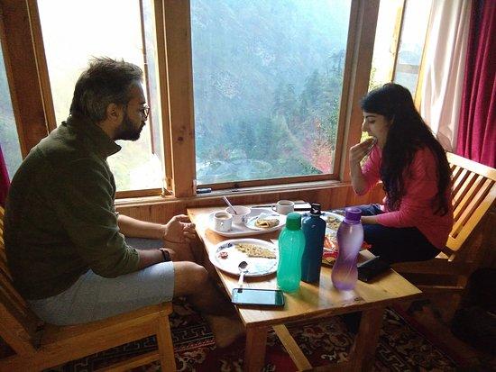 Gushaini, Indien: Breakfast