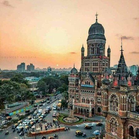 Bombay to Mumbai Tours