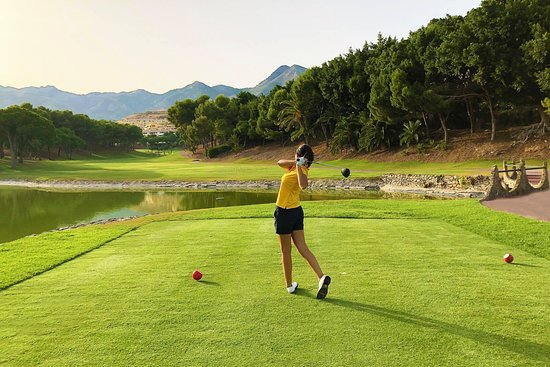 Golf Torrequebrada is located only 20 minutes from Málaga airport