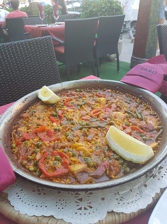 tabu: Chicken Paella