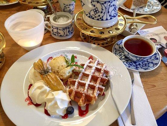 Teestuebchen im Schnoor: Der perfekte Nachmittag