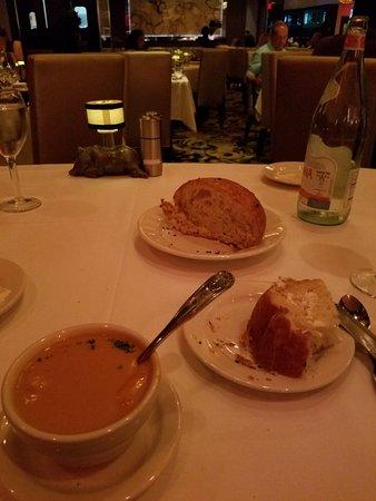 Morton's The Steakhouse: 20180720_204254_large.jpg