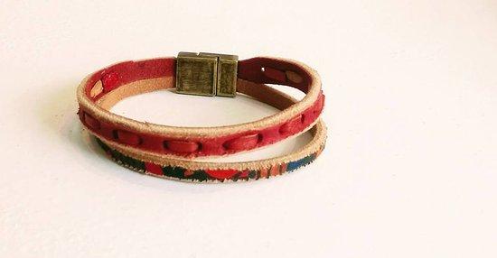 Burray Village, UK: Handmade leather bracelet.