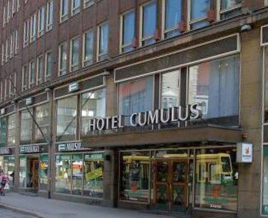 Scandic Hakaniemi: vchod do hotelu