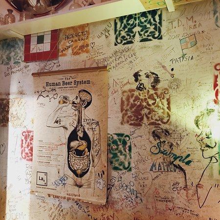 Szimpla Cafe: photo2.jpg