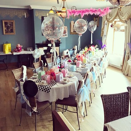 The Dearden Tea Rooms Mad Hatter S Afternoon Hen Party Room Set Up And Decor