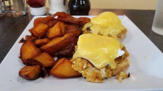 Cracked Egg Diner: 20180720_103909_large.jpg