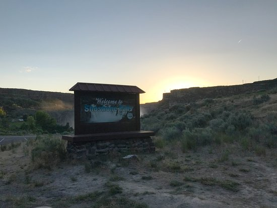 Shoshone Falls Sign