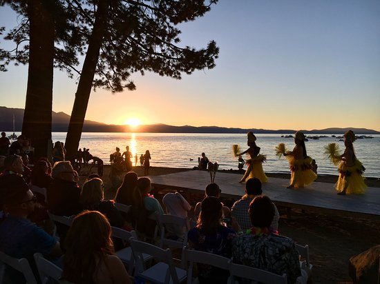 Beach Retreat & Lodge at Tahoe: Summer Luau Event