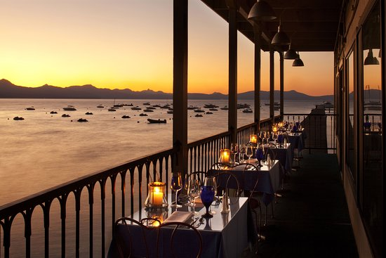 Beach Retreat & Lodge at Tahoe: Sunset dining at the Boathouse