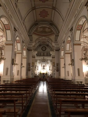 Balestrate, Italia: Kirkens skib