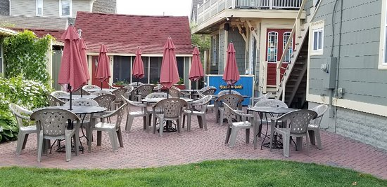 Island Guest House Bed and Breakfast Inn: 20180721_080931_large.jpg