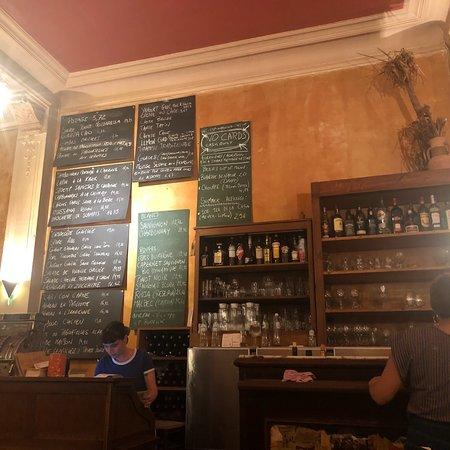 Аутентичное кафе бельгийской кухни