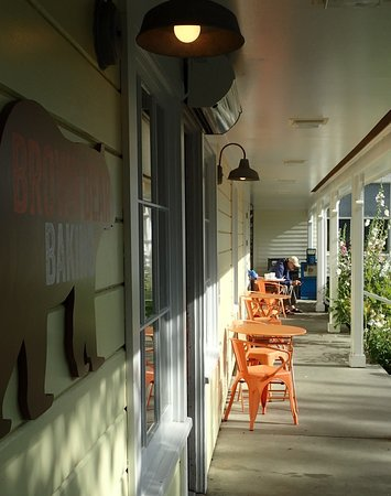 Outside seating porch at Brown Bear Baking