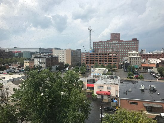 Hampton Inn Louisville Downtown: View from our room
