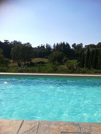 "Agriturismo ""La Topaia"": vue de la piscine_large.jpg"