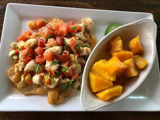 Sundowners: Hogfish with crab meat and butternut squash