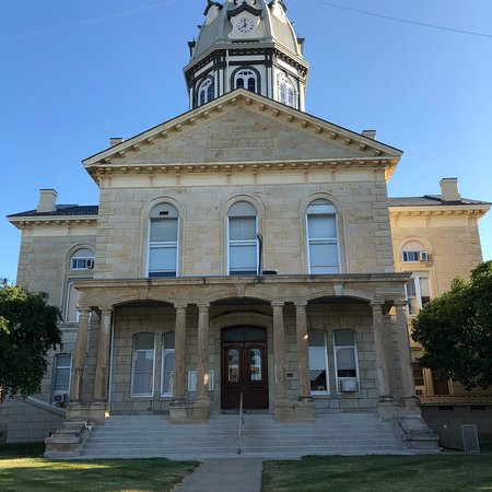 Courthouse Square: photo0.jpg
