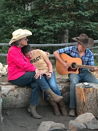 ‪‪Mc Coy‬, ‪Colorado‬: live cowboy music at pack camp‬