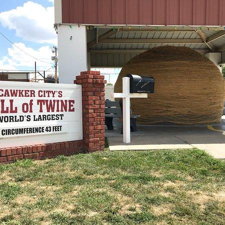 Cawker City, KS: photo1.jpg