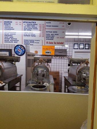 Conneaut Lake, PA: Hanks Frozen Custard