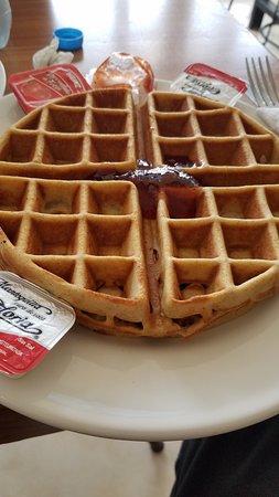 Babel Cafe: waffle