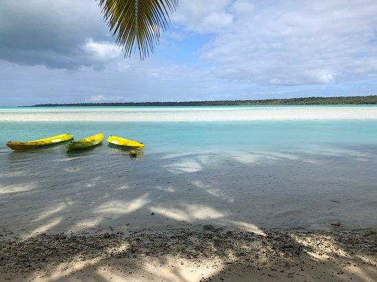 Aitutaki Village Image