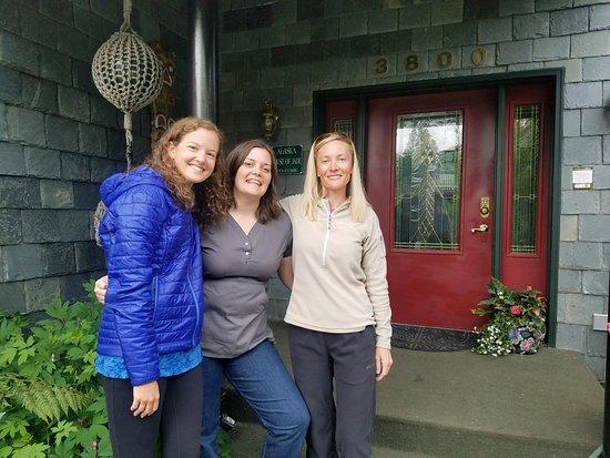 Alaska House of Jade Bed and Breakfast: Caroline,  Krista,  and Jackie. NOLS 2018