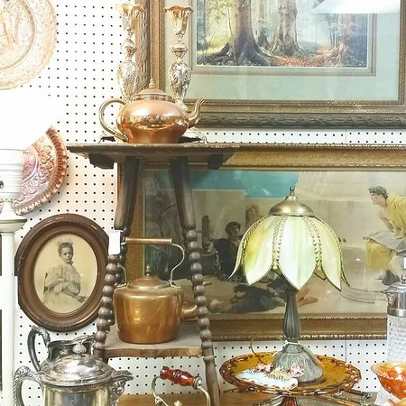 Michelle's Antiques and Vintage