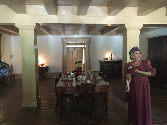 Destrehan Plantation: This is Beverly, our tour guide, in period costume.