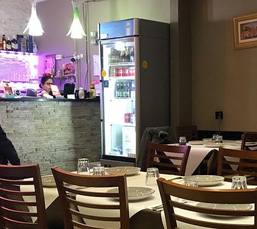 Epping, Australia: Bar, cashier