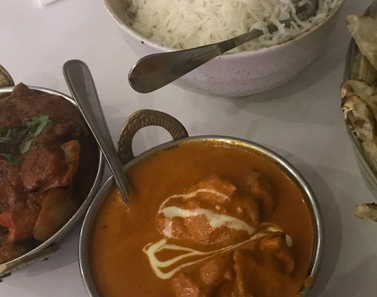 Epping, Australien: Butter chicken, Butter chicken masala, Naan and Basmati rice