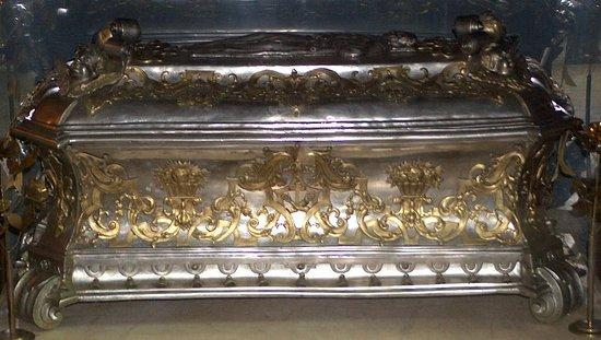 Bernardine Church - St John of Dukla reliquary