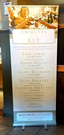 Yateley, UK: Regular entertainment at The Ely